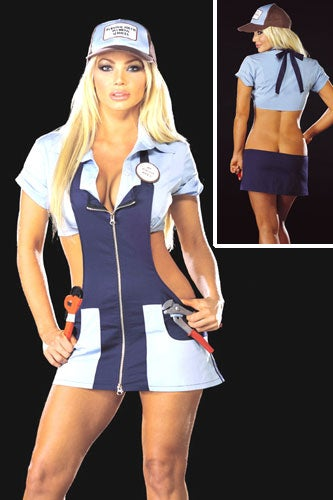 ridiculous-sexy-halloween-costumes-plumber