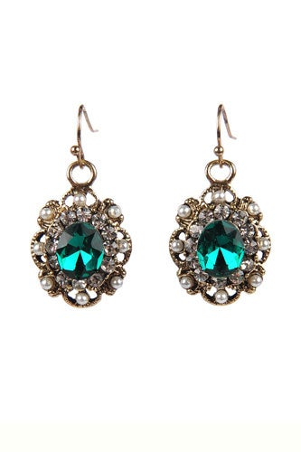 ARMITAGE-AVENUE-EMERALD-AND-PEARL-BEADED-EARRINGS-$16.95_Lori's-333