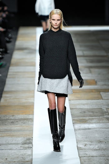 tightskirtunderflipskirt_TheyskensTheory_tht_fw13_076