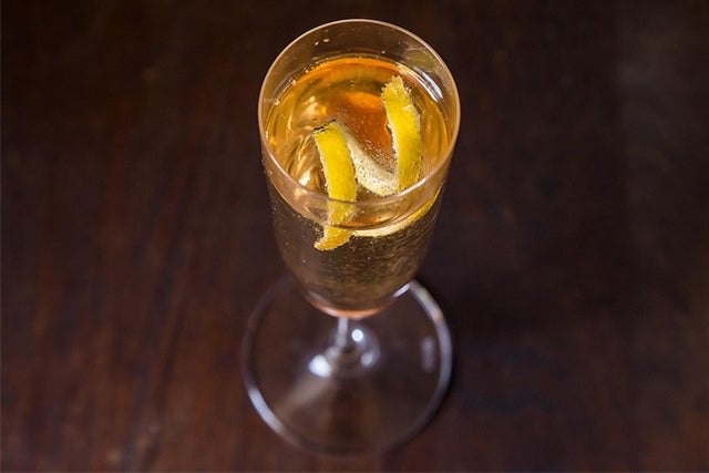 How To Master The Perfect Holiday Cocktail