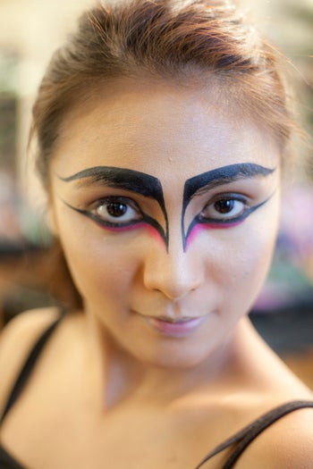 black swan halloween makeup ideas