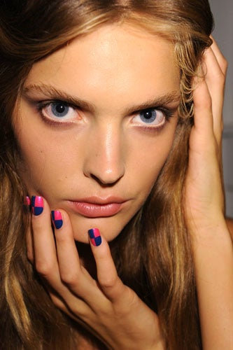 2012-nail-art-trends-punk