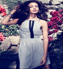 joan-smalls-romantic-edge8