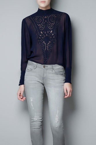 Zara-Embroidered-Blouse_60