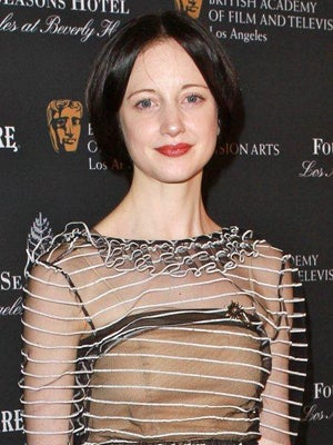 andrea_riseborough_300 400