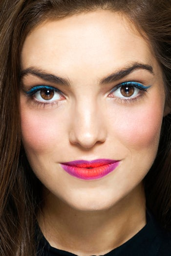 colorblock-makeup-trend-lipstick-detail