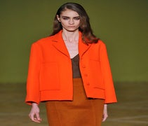 Bold Colour & '50s Tailoring At Jonathan Saunders