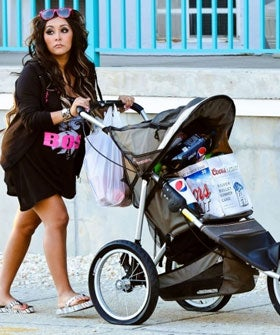 snooki_baby_carriage