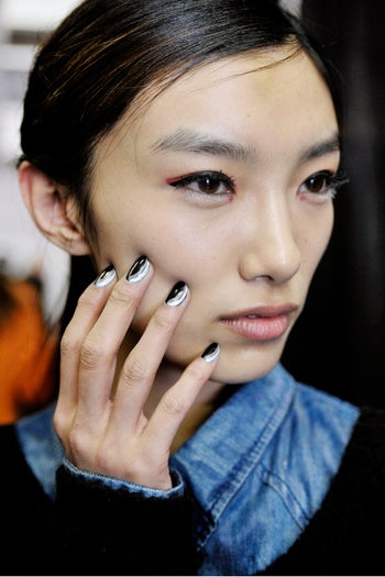 fashion-week-fall-2012-nails-phillip-lim