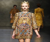 Dolce & Gabbana Does Walking Works Of Art For Fall '13