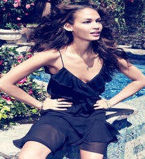 joan-smalls-romantic-edge5