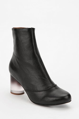 Jeffrey-Campbell-Urban-Outfitters-175