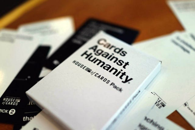 Cards-Against-Humanity-x-House-of-Cards-SwipeLife-1-750x500