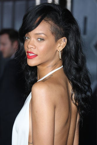 summer-beauty-prep-rihanna
