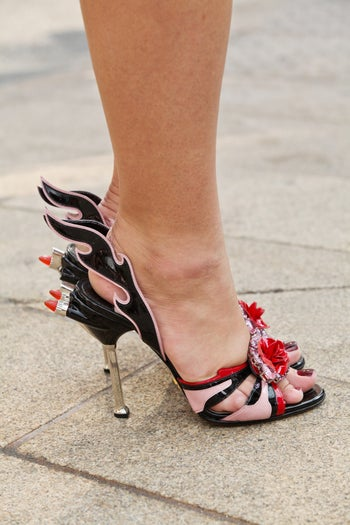 44_36_Krystal-Bick-_Blogger_-shoes-are-prada_refinery29-61_CrystalSchreiner