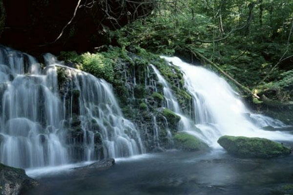 Moving-Waterfall-Picture