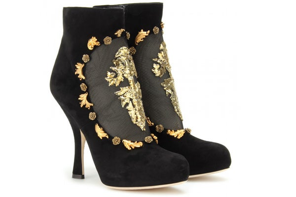 Dolce-&-Gabbana_$1,833_My-Theresa