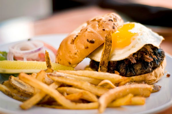 Old-Town-Pour-House_Wagyu-Burger-20120314-_DSC0139_r-copy