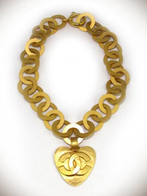 chanel-necklace-300