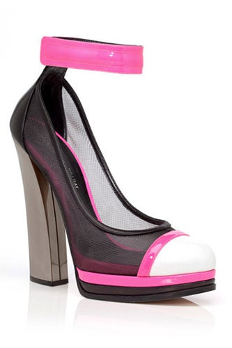 casadei-prabal-gurung-pre-fall-2013-pink-capped-ankle-strap-pumps