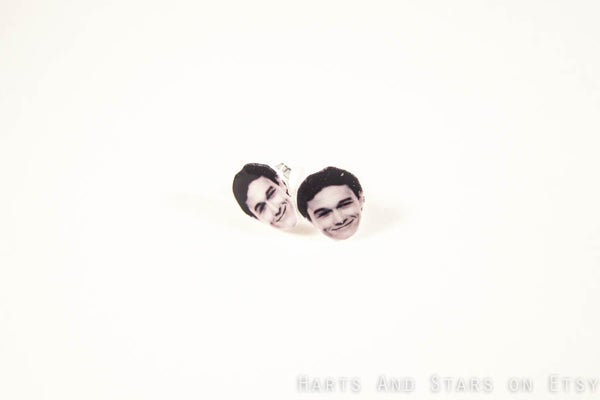 hartsandstars-jospeh-gordon-levitt-earrings-$8