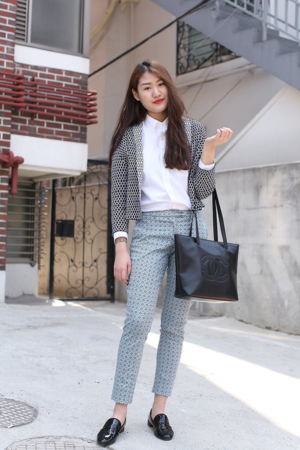 Seoul Street Style Pictures College Student Fashion