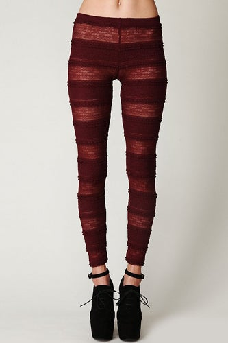 35_winestripelegging_freepeople_48