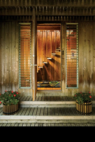 CASHEL HOUSE, FIRE ISLAND PINES, NY, 1969, ENTRANCE. COURTESY OF FIRE ISLAND MODERNIST: HORACE GIFFORD AND THE ARCHITECTURE OF SEDUCTION.