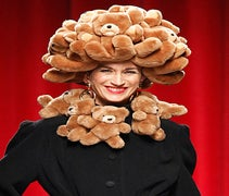 5 Head-Scratching Looks From Moschino's Show