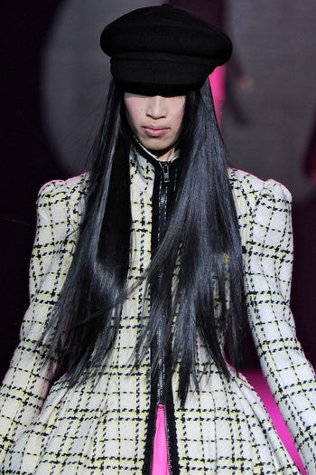 fashion-week-fall-2012-beauty-trends-betsey-johnson