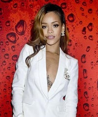 redcarpet_rihanna_opener