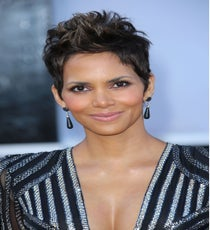 Halle-Berry_Jim-Smeal_BEImages_rexusa_1255640ml