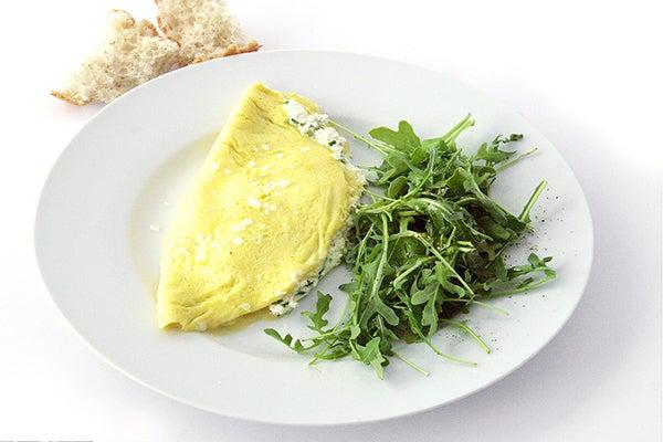 Bistro Omelet With Arugula Salad