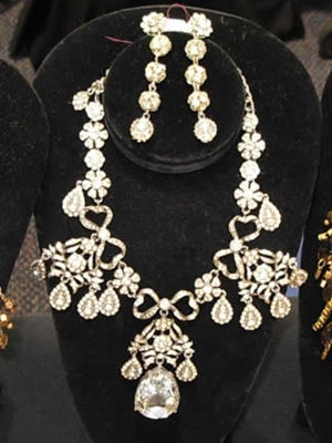 Costume-Jewelry-Vintage-Fasion-Expo