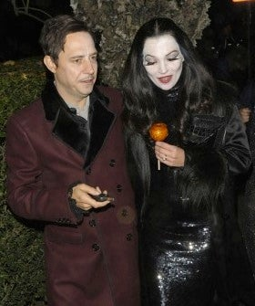 gwen-stefani-attends-jonathan-ross-annual-epic-halloween-party-in-london
